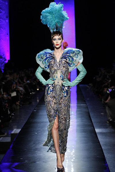 Fashion Fantasy-Paris-Fashion-Week-Spring-Summer-2014-23