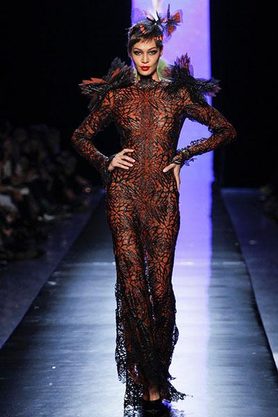 Fashion Fantasy-Paris-Fashion-Week-Spring-Summer-2014-24
