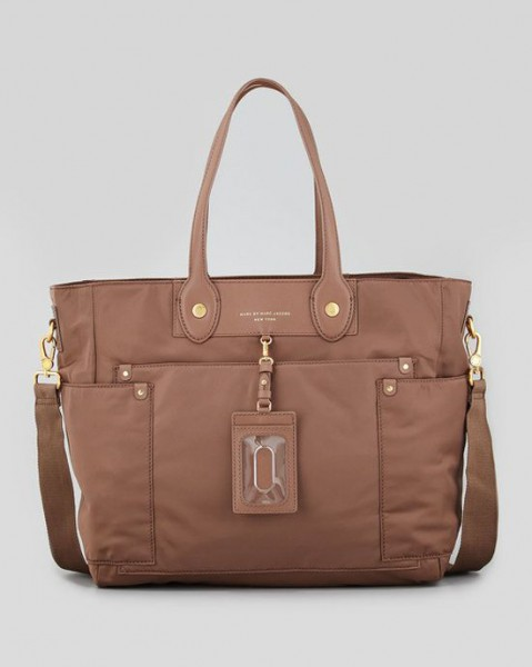 Fashion-moms-need-a-fashion-diaper-bag-4