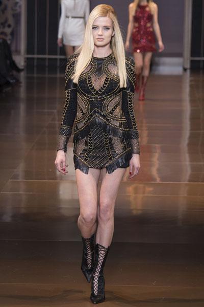 Versace-at-Milan-Fashion-Week-Fall-Winter-2014-15-10