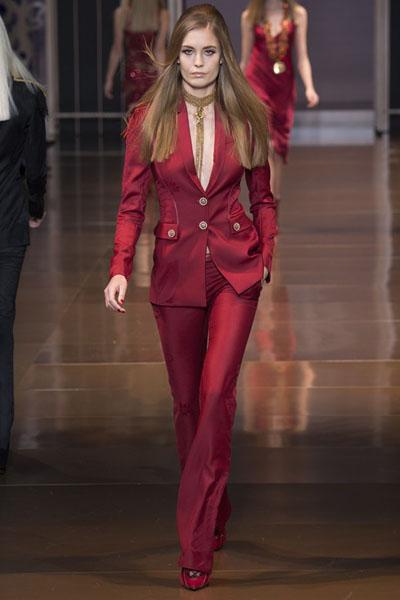 Versace-at-Milan-Fashion-Week-Fall-Winter-2014-15-11