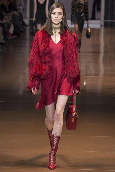 Versace-at-Milan-Fashion-Week-Fall-Winter-2014-15-5