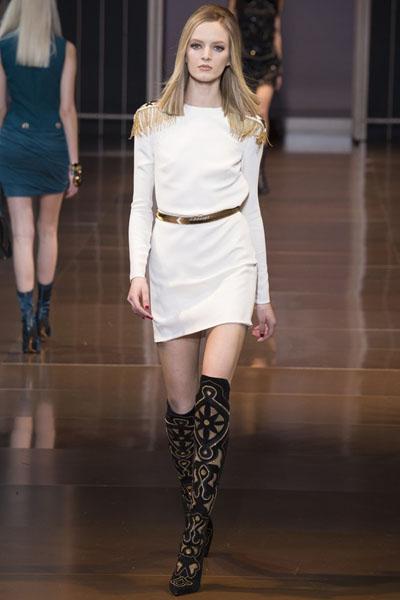Versace-at-Milan-Fashion-Week-Fall-Winter-2014-15-9