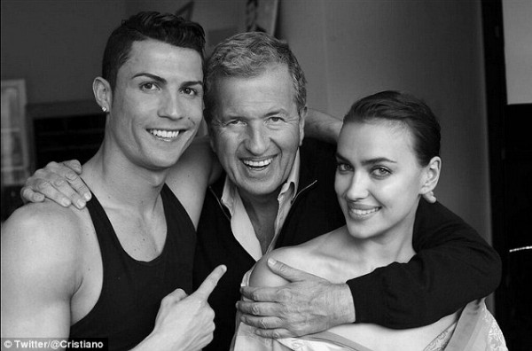 Cristiano-Ronaldo-poses-with-his-girlfriend-Irina-Shayk-for-Vogue-Spain-2014-3