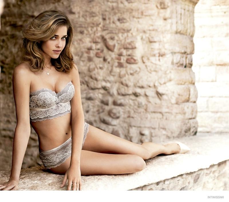 Ana-Beatriz-Barros-Stuns-In-Intimissimi`s-Fall-2014-Campaign-3