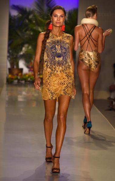 Swim-Fashion-Week-in-Miami-2015-25