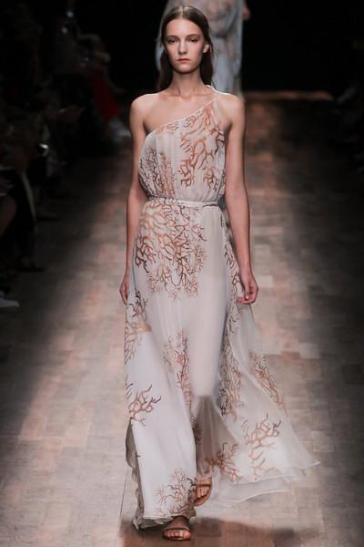 Paris-Fashion-Week-Spring-Summer-2015-Collection-12