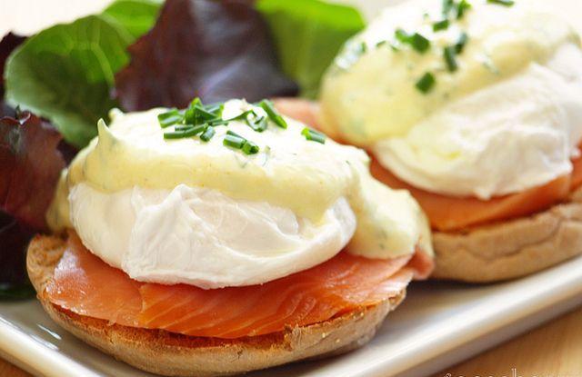 Protein-rich, low-fat greek yogurt Is a great food for diabetics