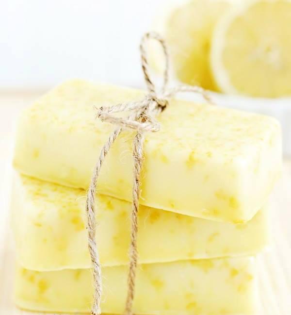 Handmade-Natural-Soaps-1-2