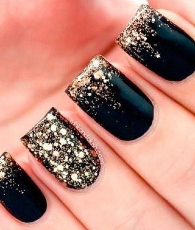 Sparkly nails inspiration women daily magazine sparkly nails inspiration 4 prinsesfo Image collections