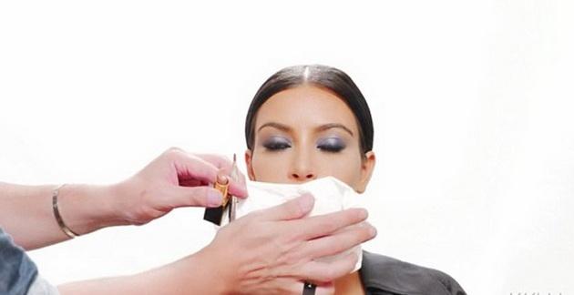 3-Simple-Steps-to-Get-Kim-Kardashian's-Full-and-Luscious-Lips-2